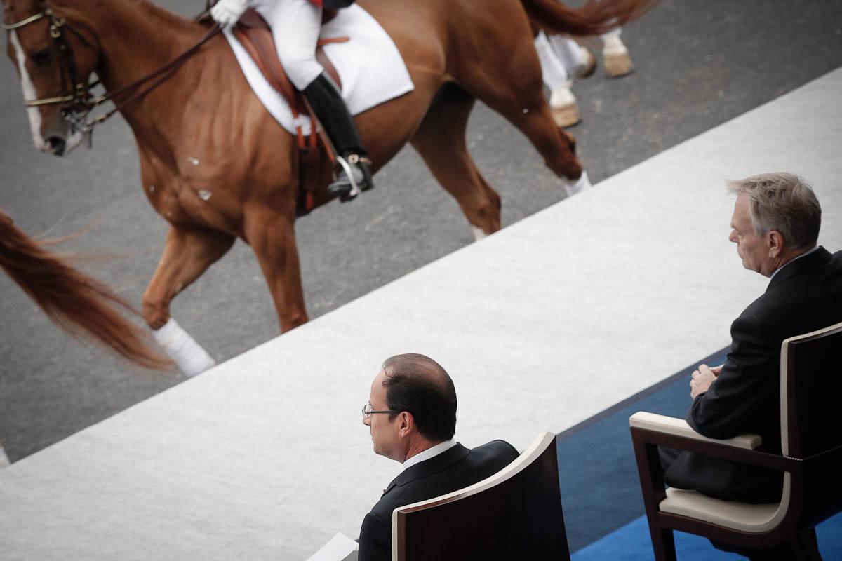 Le défilé du 14 juillet 2012 vu de la tribune présidentielle