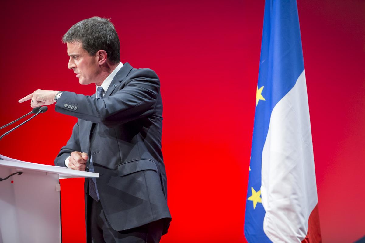 Le Premier ministre Manuel Valls participe à l\'Université de l\'Engagement de la région Centre-Val de Loire à Tours, samedi 22 octobre 2016 - 2016©Jean-Claude Coutausse / french-politics pour Le Monde