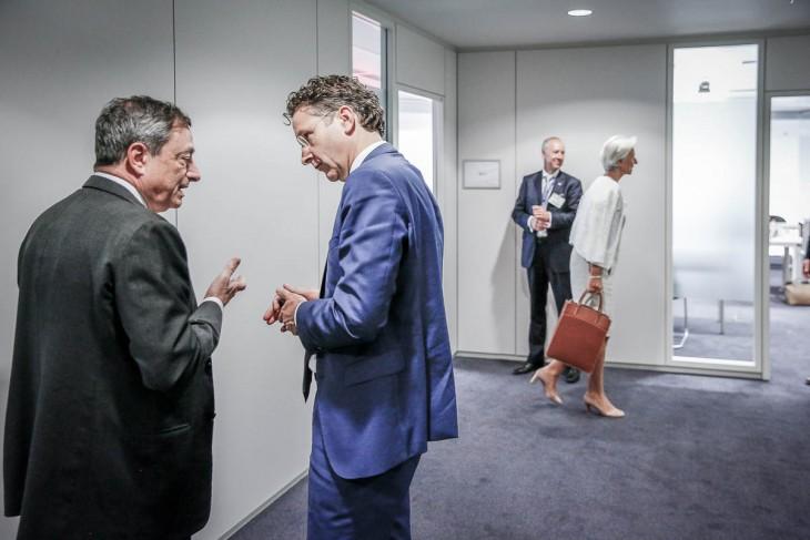Dans-les-couloirs-du-Grexit-du-7-au-13072015