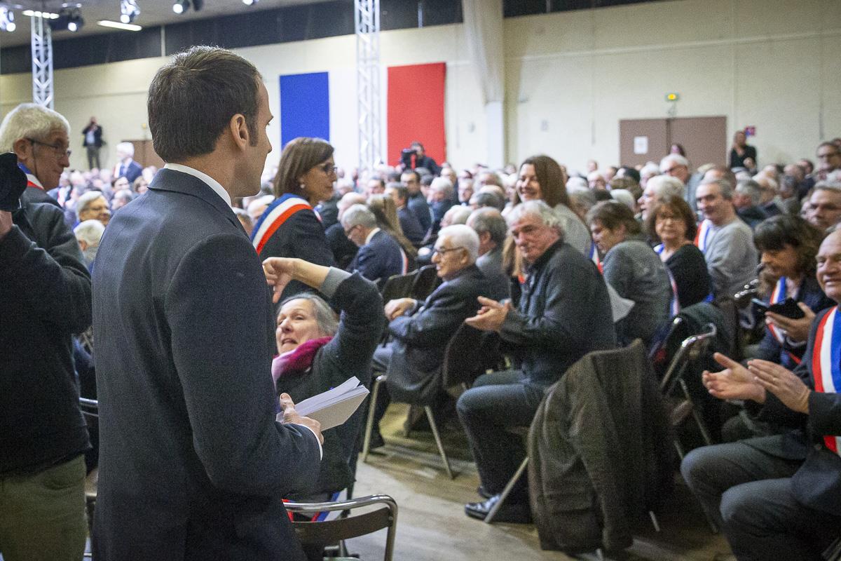 Emmanuel Macron, Edouard Philippe, Grand débat national, 01 et 02/2019