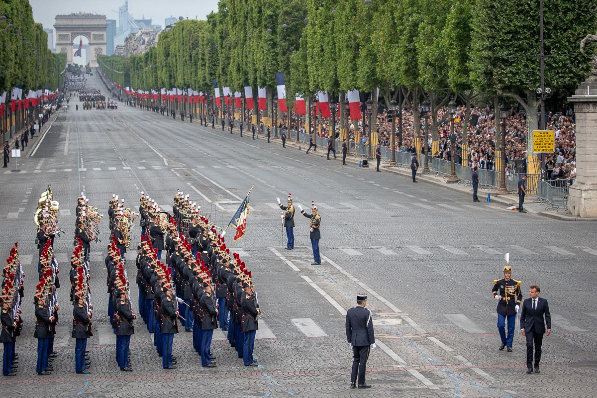 Le défilé du 14 juillet 2019 vu de la tribune présidentielle
